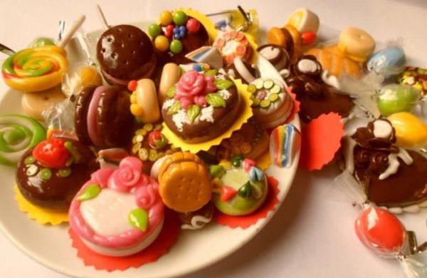 ăn nhiều đồ ngọt  có thể tác động xấu mắc các bệnh gan