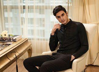 Sành điệu với áo sơ mi đen và blazer