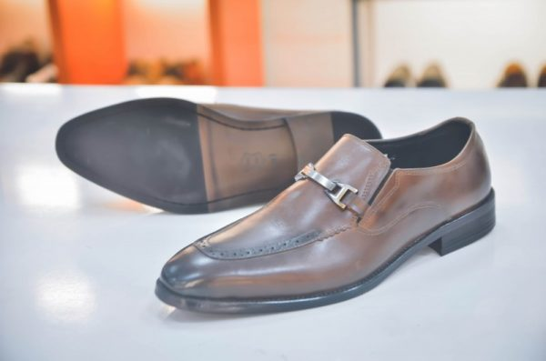 Giày lười mix kim loại