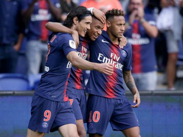 Mbappe lập hat-trich giúp cho PSG vô địch sớm 5 vòng đấu