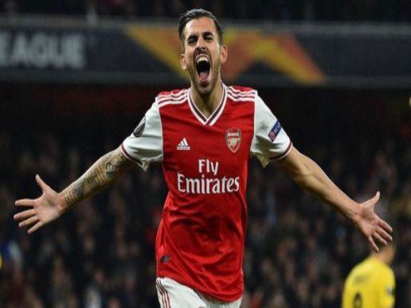 Ceballos trong màu Arsenal.