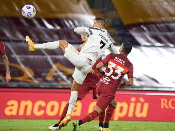 Tin bóng đá sáng 28/9: Ronaldo lập cú đúp giúp Juventus thoát thua Roma