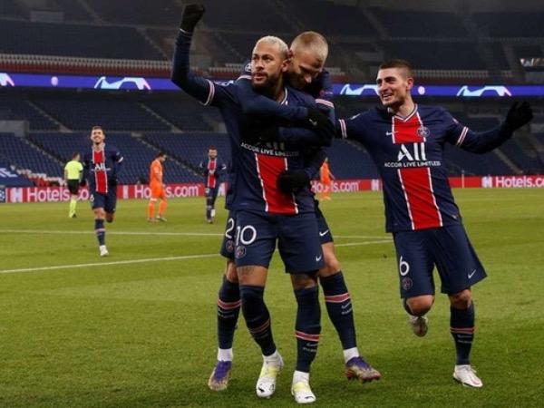Bóng đá quốc tế sáng 10/12: PSG thắng 5-1 trước Basaksehir, giành ngôi đầu
