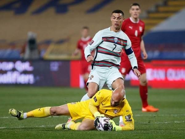 Bóng đá quốc tế 31/3: Ronaldo rực sáng, Bồ Đào Nha chiếm ngôi đầu
